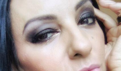 Dora Garcez - Makeup artist 1