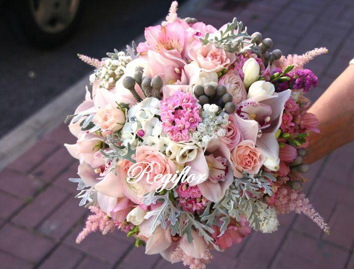 Bouquet tons rosa e cinza