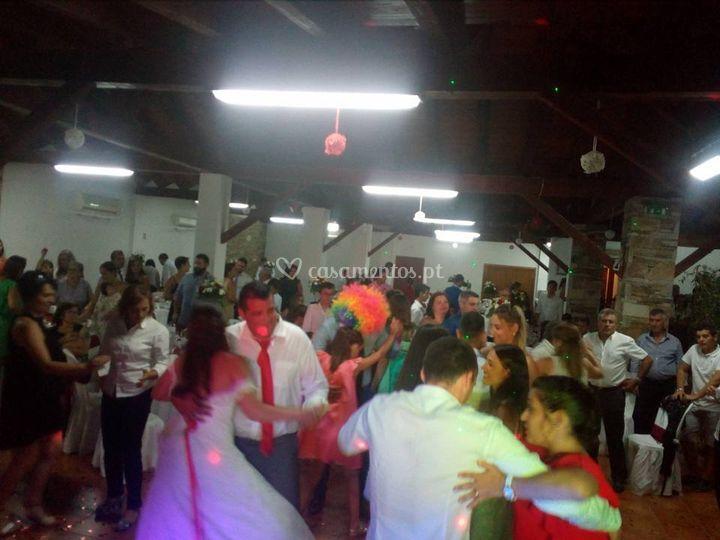 Muita dança