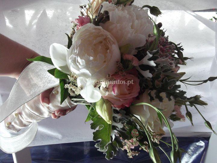 Bouquê de noiva rainuculos