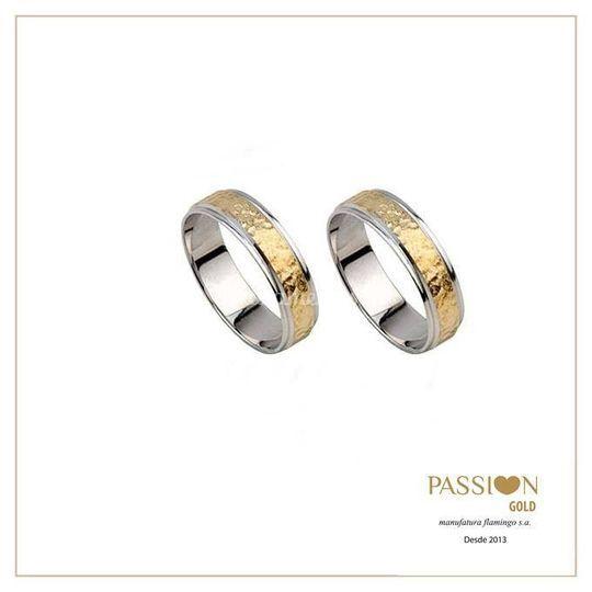 Alianças passion gold