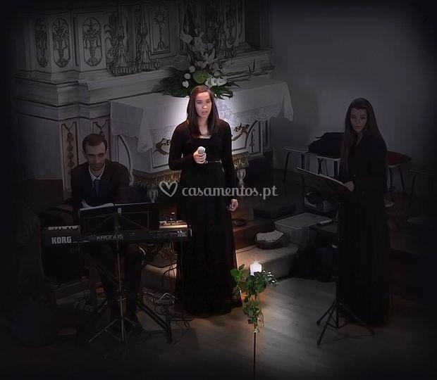 O grupo Cantata - solo