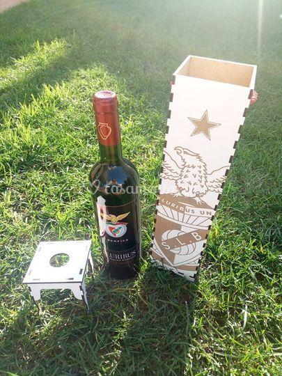 Caixa de vinho personalizada