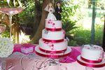 Bolo de casamento com noivinhos de Art & Cake