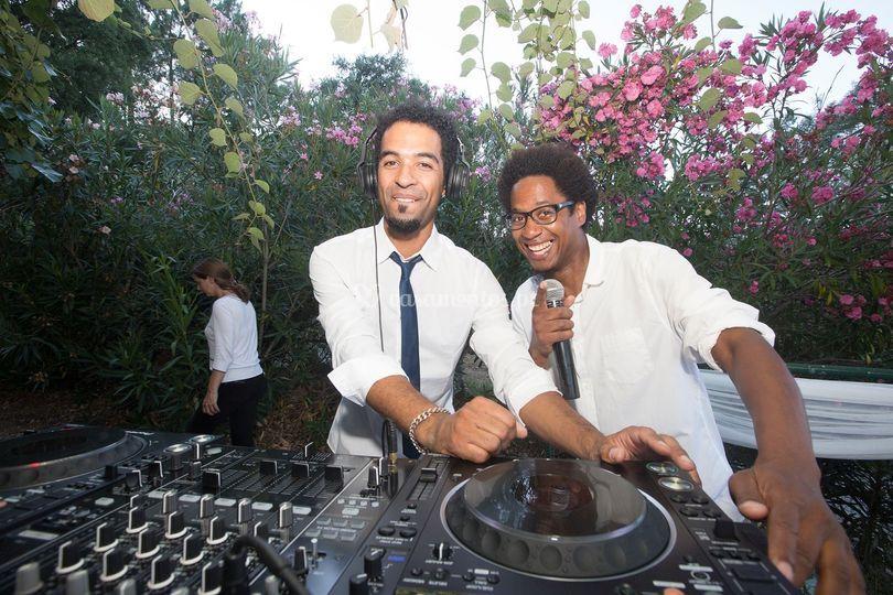 Insonik DJs