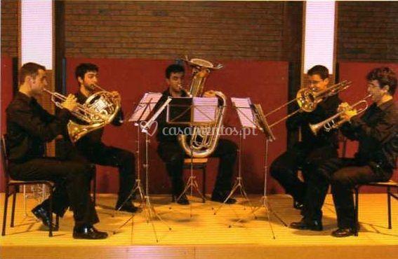Vários instrumentos