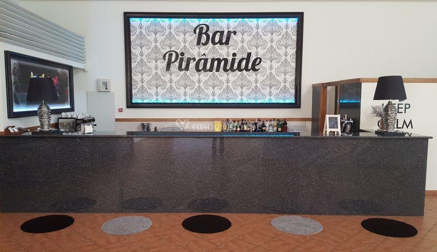 Bar Pirâmide