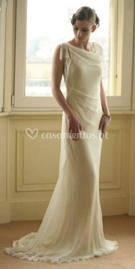 Clássico vestido em Seda