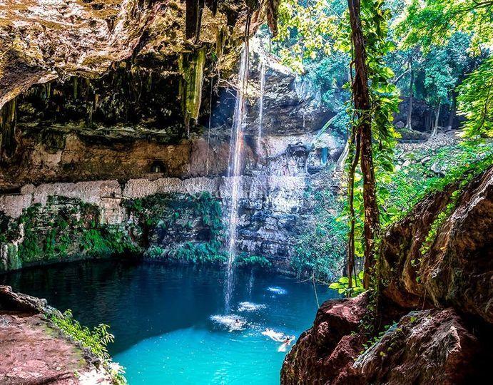 Cenote - México