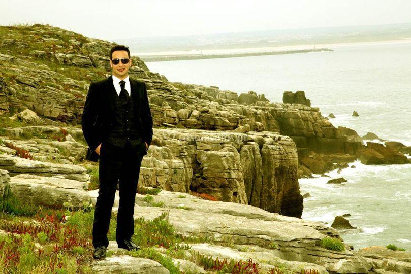 O noivo na praia