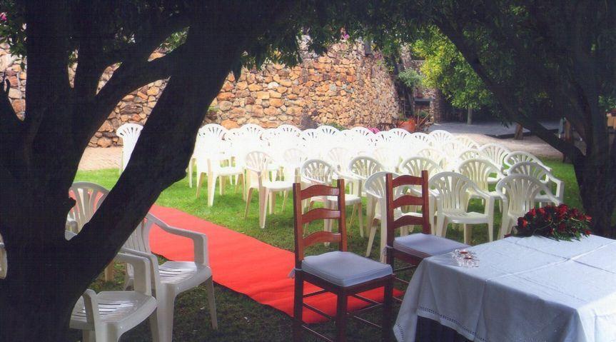 Cerimónia civil no jardim