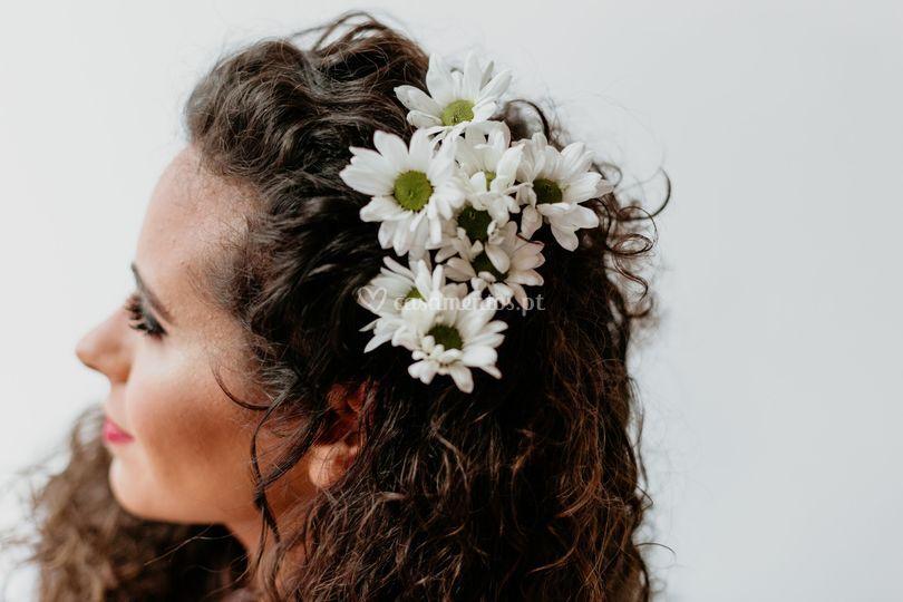 Apanhado noiva flores naturais