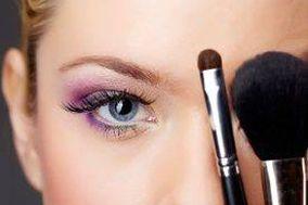 Anastacia Makeup & Nails