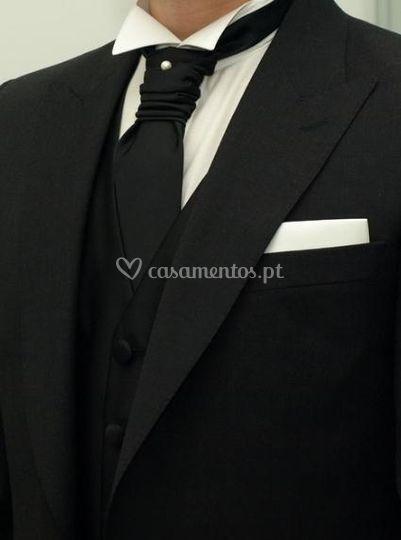 Aluguer de gravata e lenço