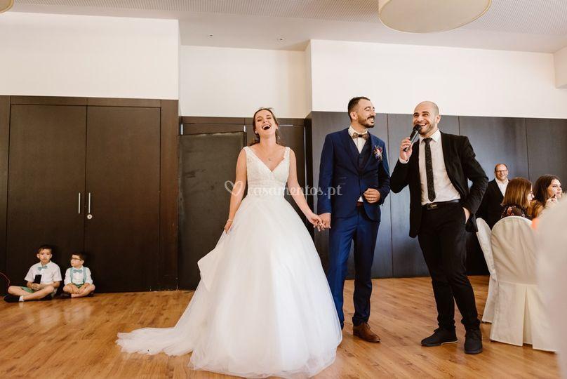 Surpresa aos noivos