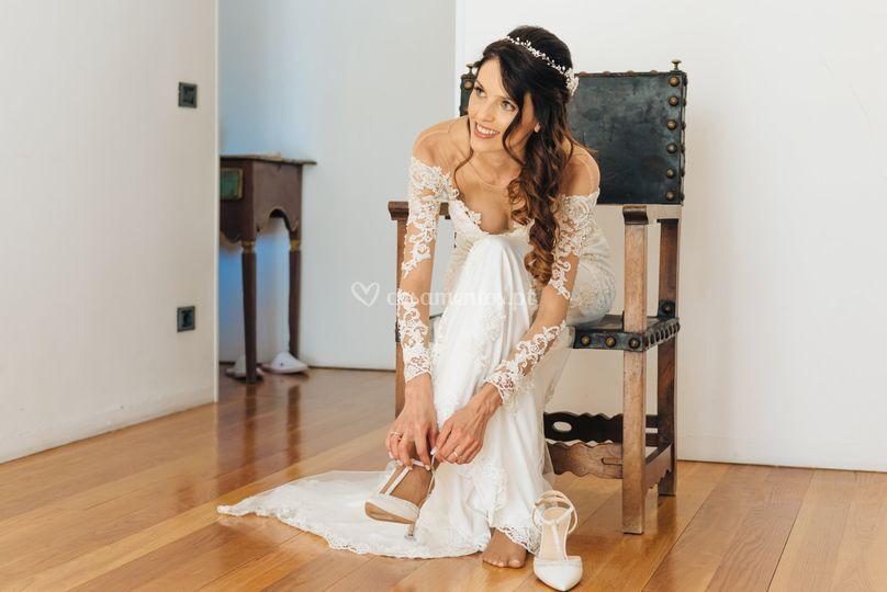 Bride Hold Beiró