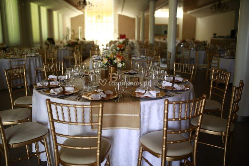 Exemplo de decoração de mesa