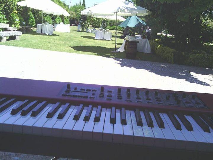 Piano no exterior