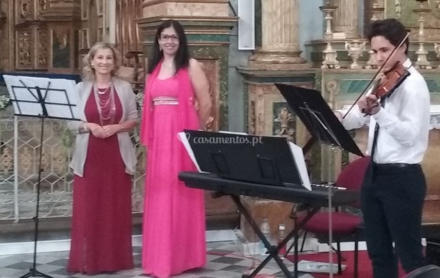 Piano e 2vozes e violino
