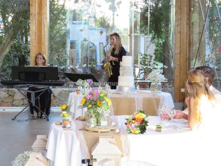 Almoço - piano e saxofone