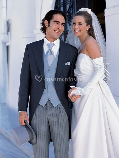 Vestu�rio de Cerim�nia de Ilon Aluguer Vestidos de Noiva
