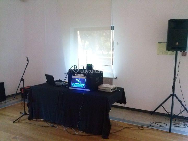 Equipamento yamaha karaoke