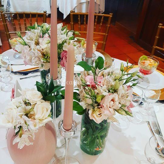 Centro de mesa rosa velho