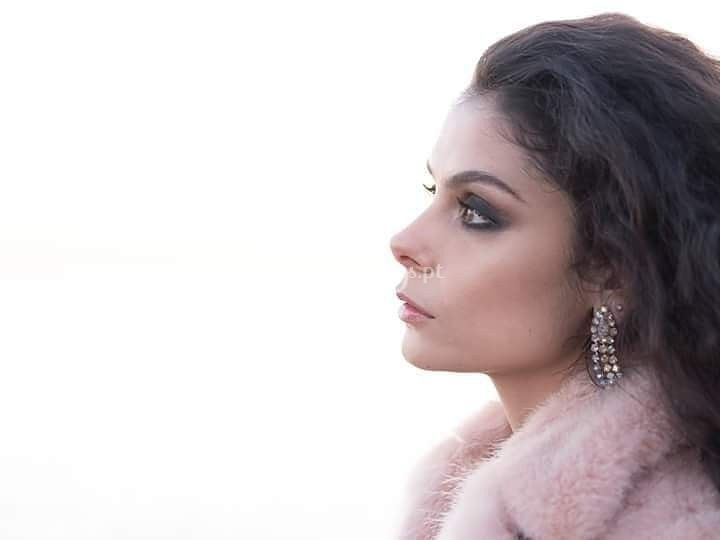Cantora Elisa Rodrigues