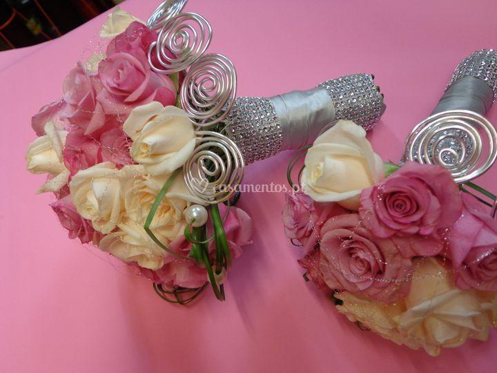 Ramo de noiva com detalhes