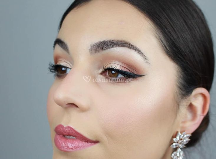 Beauty shoot glam bride