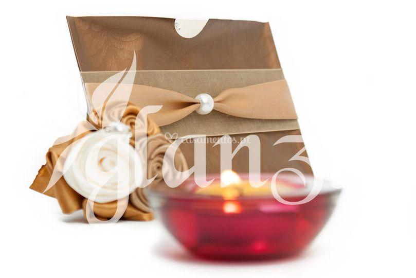 Convite com mini-bouquet