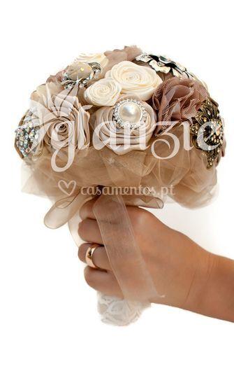 Bouquet de noiva de bijuteria