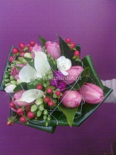 Bouquet de noiva em tons rosa