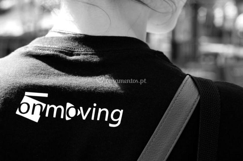 Onmoving