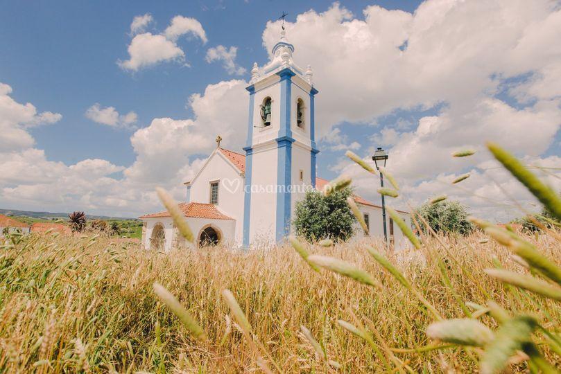 Igreja a 3 km da quinta