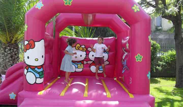 Insuflável Hello Kitty