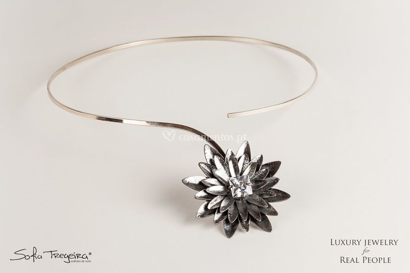 Colar em Prata - Lotus