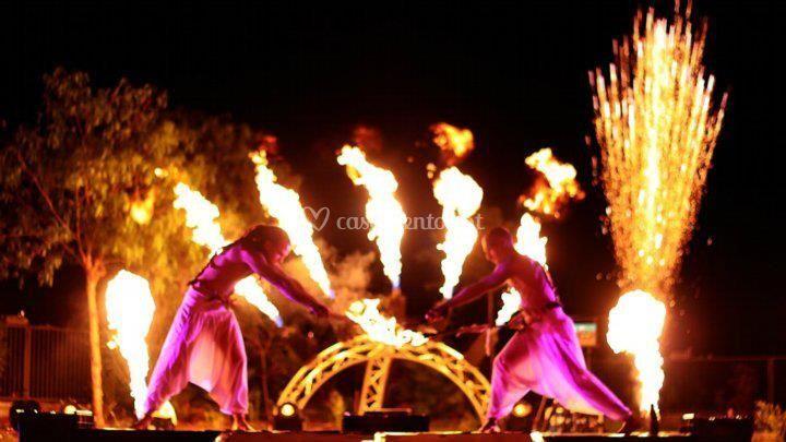 Performers com fogo