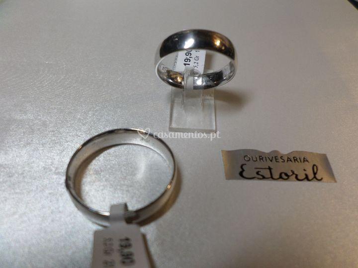 Alianças amendoadas prata 50mm