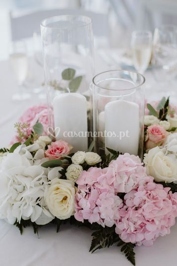 Centro de mesa com cilindro