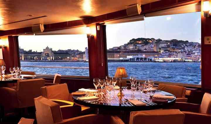 Lisboa Vista do Tejo mesa