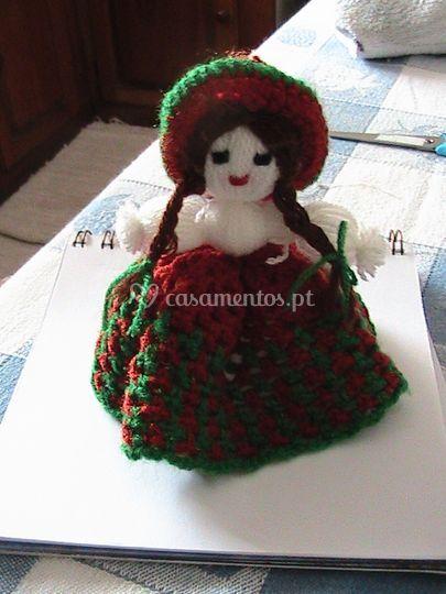 Bonequinha em lã