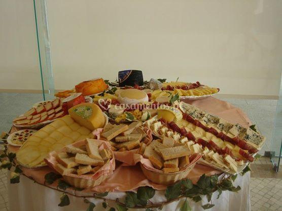 Mesa de queijos irresistível