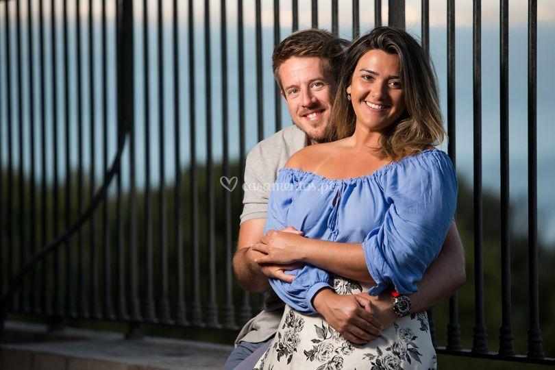 Um casal apaixonado em Lisboa