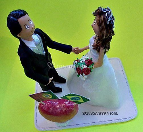 Cada peça é unica de Eva Arte Noivos - Topo de bolo