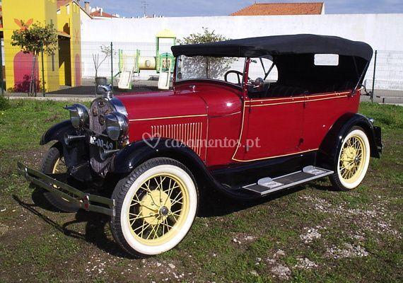 Ford A Phaeton 1929 bordeaux