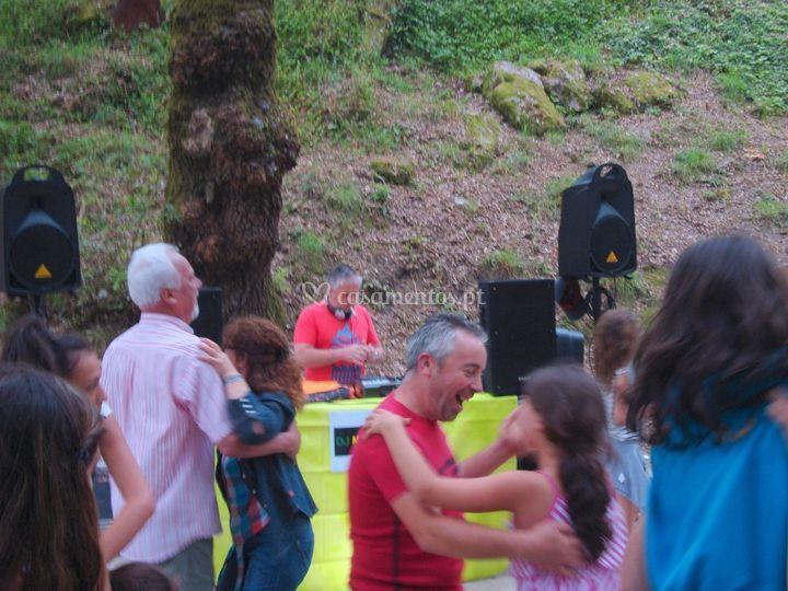 Baile ao ar livre