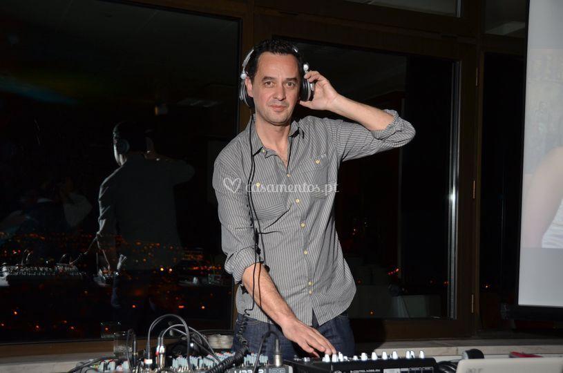 DJ J. Gil