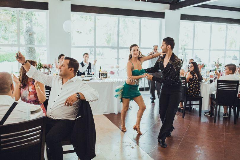 Dança show á tarde