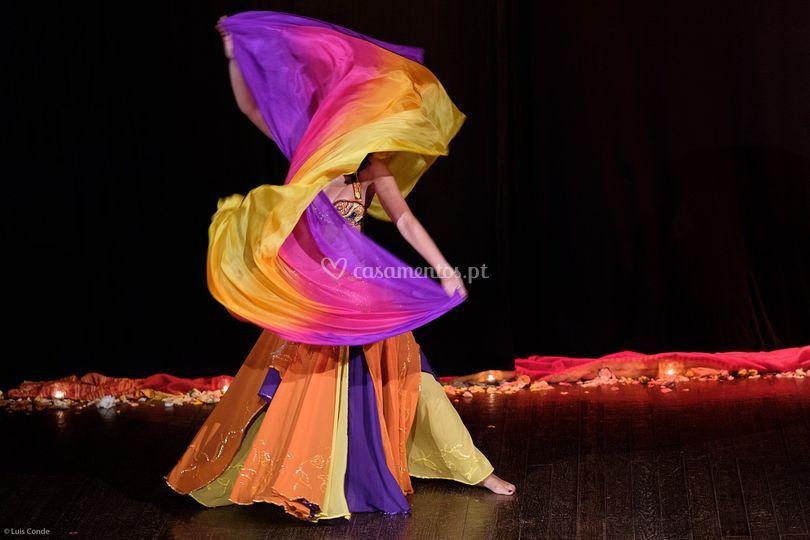 Dança com Véus